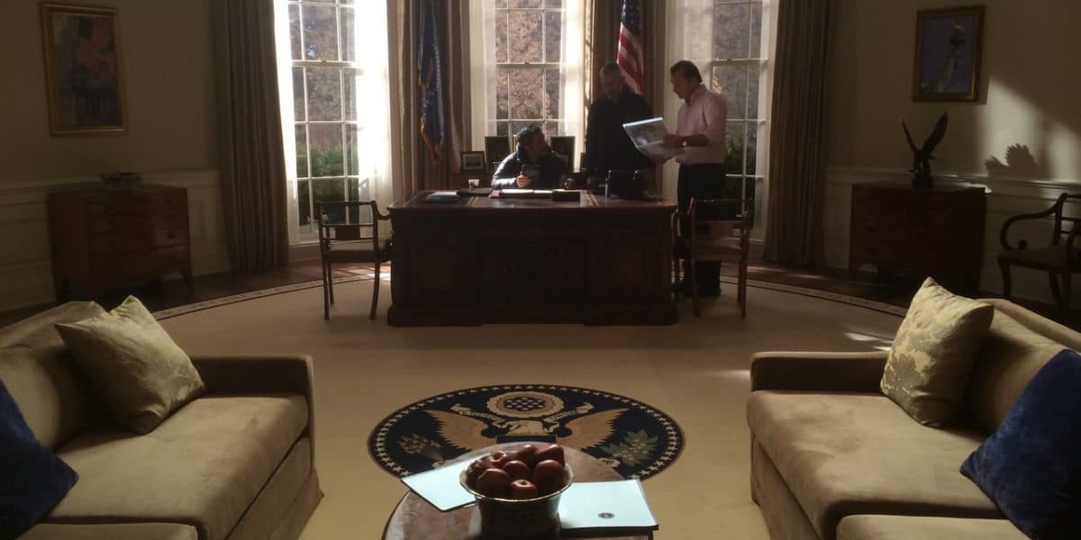 Set Still, The Oval Office